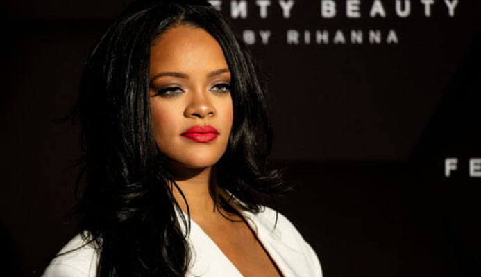 'I couldn't be a sellout': Rihanna says she turned down Super Bowl over Kaepernick